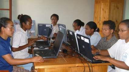 Suivi informatique des établissements d'enseignement